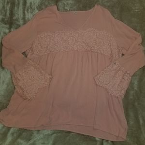 Plus size pink top
